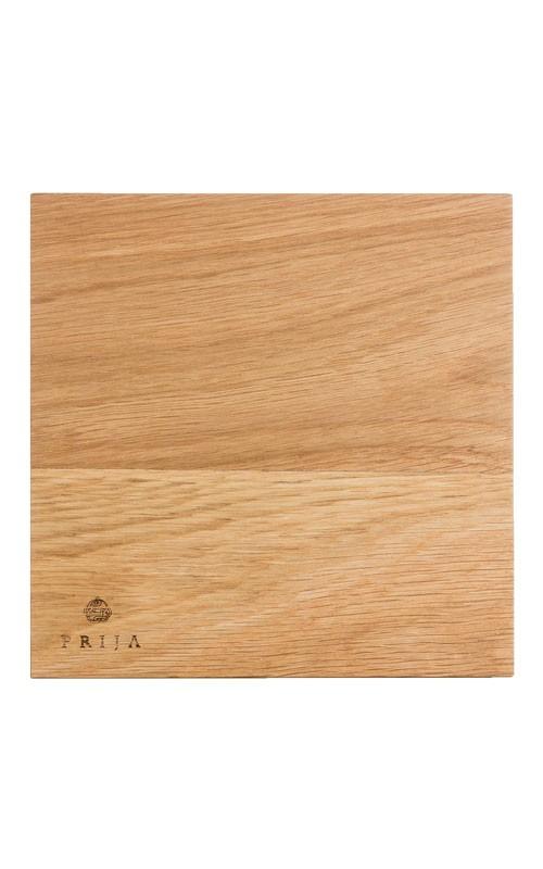 Prija Tablett aus Naturholz mit Prija-Prägung